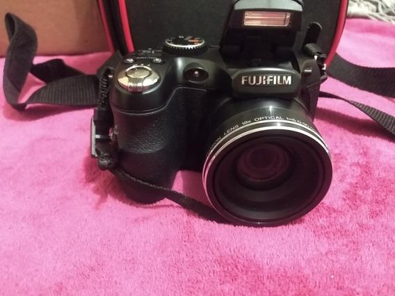 Câmera Fujifilm S2900 Séries