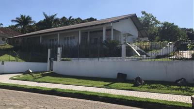 Casa No Glória Com 3 Quartos Para Locação, 311 M² - Lg1524