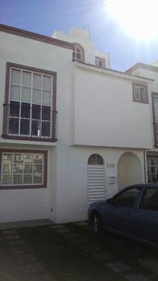 Casa Con 4 Recámaras En Hacienda De Lerma