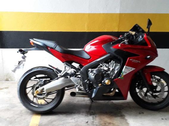 Moto Honda Cbr 650 - Vermelha