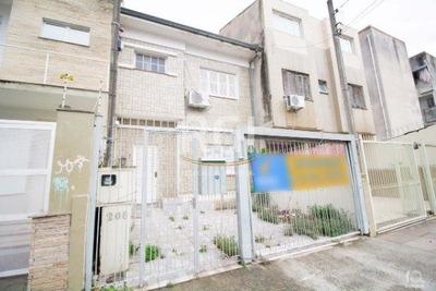 Casa Em Cidade Baixa Com 3 Dormitórios - Vr26462
