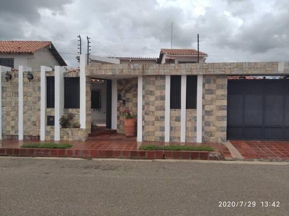 Se Vende Casa En Tipuro, Urb. Bello Campo