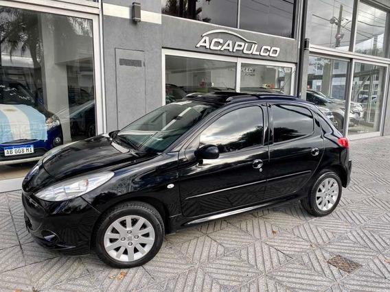 Peugeot 207 Xt */ 300000 + Cuotas /*