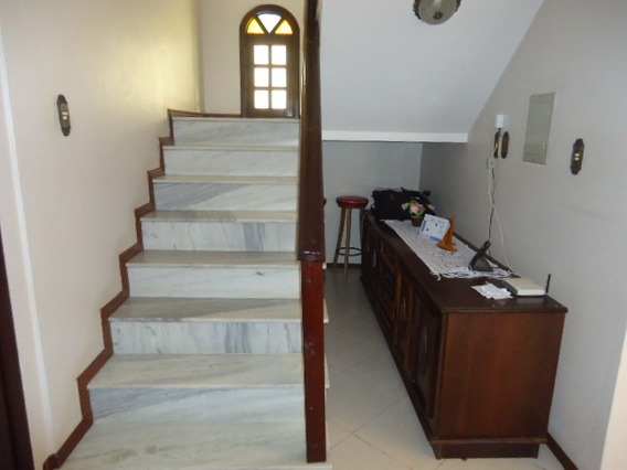Casa No Bairro Ressacada Em Itajaí - 545