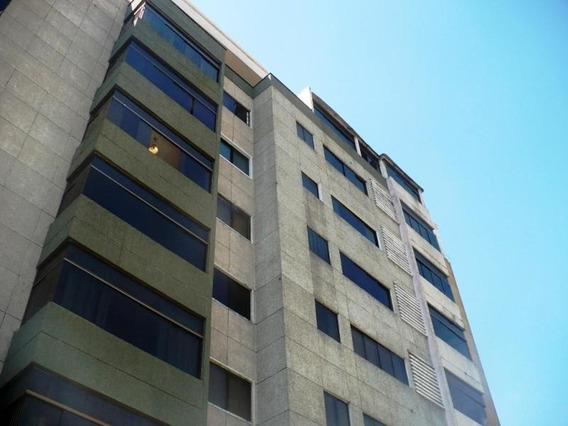 Venta De Apartamento Rent A House Codigo 20-3066