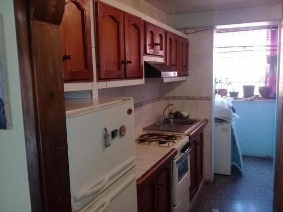 Apartamento En Venta Zona Oeste 20-11271 Mmm