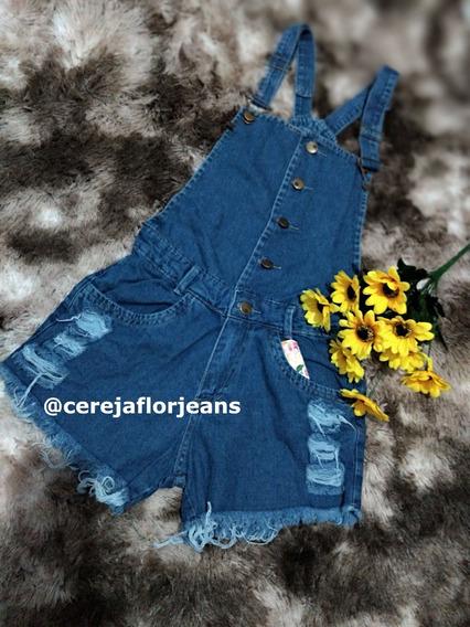 Jardineira Shorts Jeans