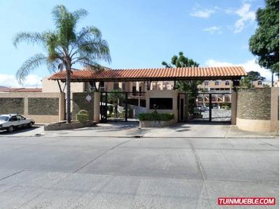 Mary Carmen Alquila Townhouse En El Rincón