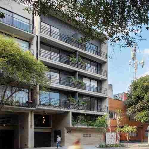 Venta Departamento Con Balcón En La Cuauhtémoc 201