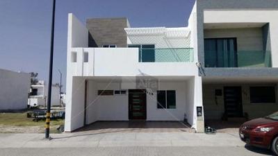 Casa En Venta En Tabora I