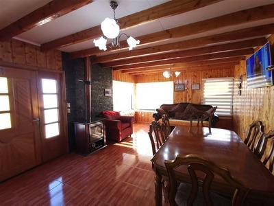 Casa En Venta De 5 Dormitorios En Valdivia