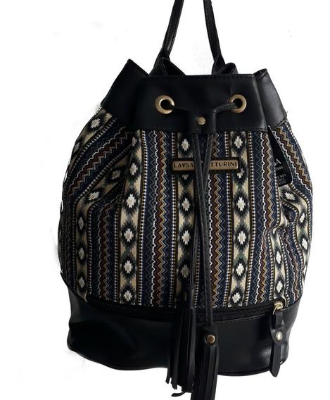 Bolsa Mochila Saco Tecido Detalhe Em Couro Sintético Fashion