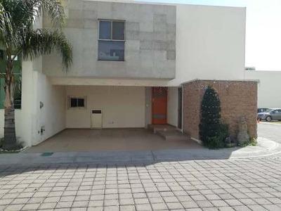 Renta De Casa En La Carcaña Cholula