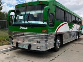 Autobus Dina Clasico