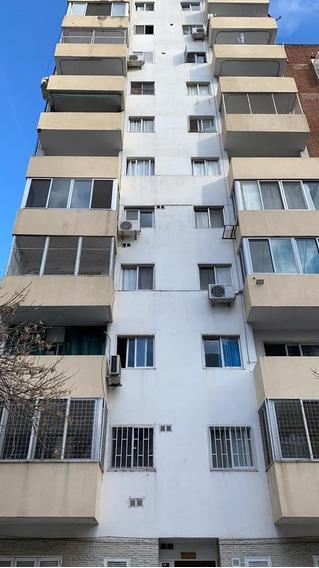 Departamento En Alquiler 2 Dormitorios - Rosario
