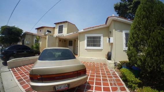 Casa En Venta En Cabudare De 2 Habitaciones 04245067576