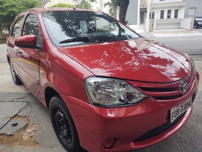 Toyota Etios 2014 Unica Dona 25.000km Financio Sem Entrada