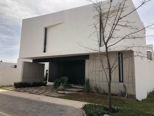 Casa En Remate, Tierra Verde, Al Norte, Increible Diseño