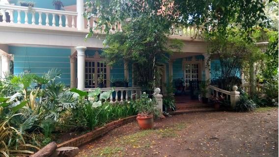 Villa De Venta En Pinar Dorado, Jarabacoa Con Piscina