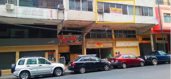Vendo Oficina/bodega 56m2 Piso1 Edificio Apolo, Guayaquil
