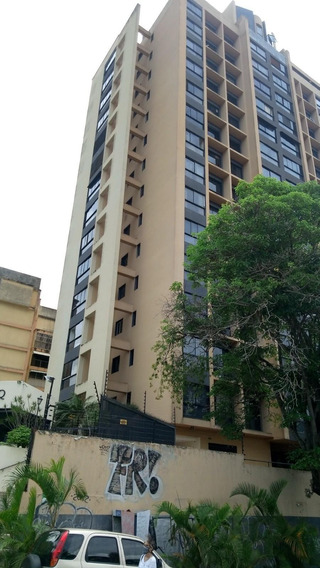 Apartamento En Alquiler - La Trinidad - 20-21874