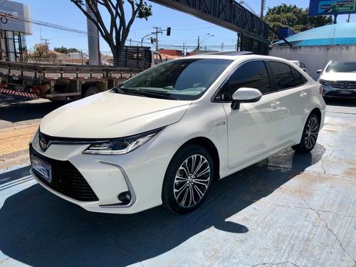 Toyota Corolla 1.8 Hybrid Altis