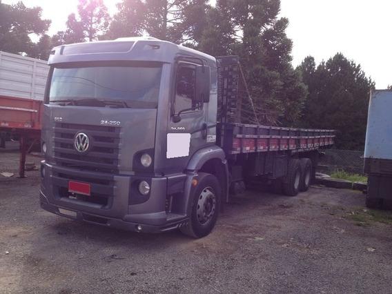 Volks 24.250 - 6x2 - Constellation - Carroceria - 137.000,00