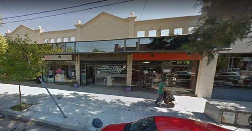 Local En Alquiler Sobre Beverina Casi Av. Rafael Nuñez