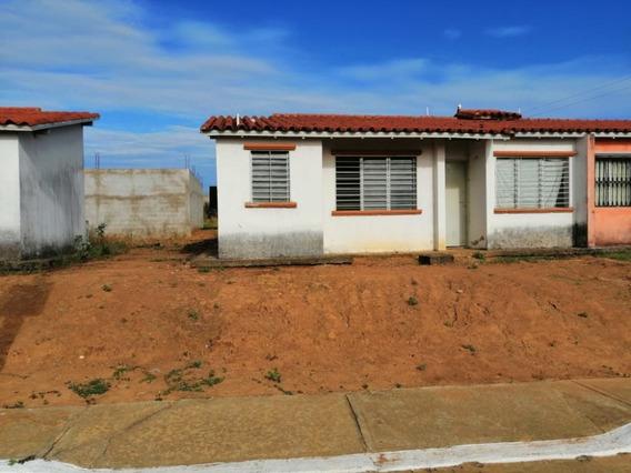 Casa Urb Ciudad Varina 5ta Etapa