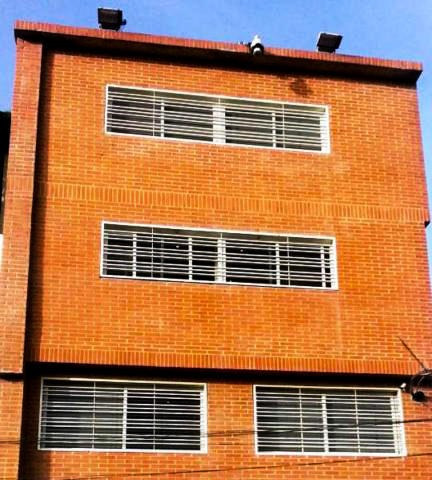 Oficina En Alquiler Miguel Marcano #20-2000 Prado De Maria