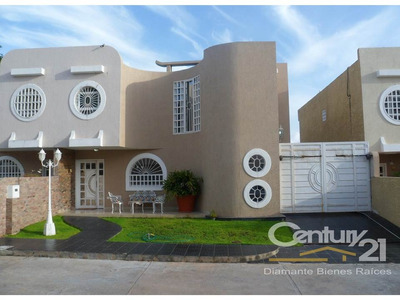 Casas - Townhouses En Venta