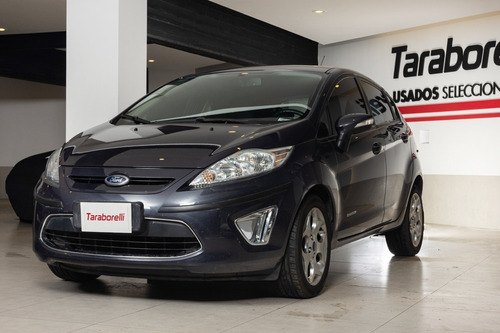 Ford Fiesta Kinetic Design 2012 1.6 Design 120cv Titanium