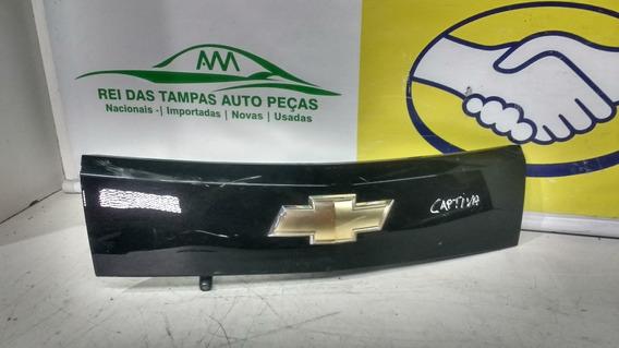 Moldura Da Tampa Traseira Chevrolet Captiva Com Camera Ré