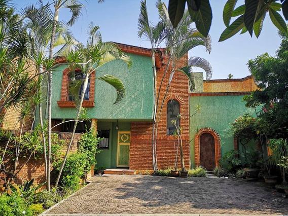 Casa En Renta Avenida Cuauhtémoc, Amatitlán