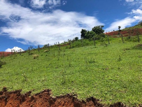 Terreno De 1.000m2 Na Região De Igarata
