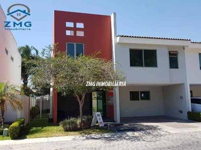 Casa En Solares Coto 4 Frente A Casa Club ¡oportunidad!