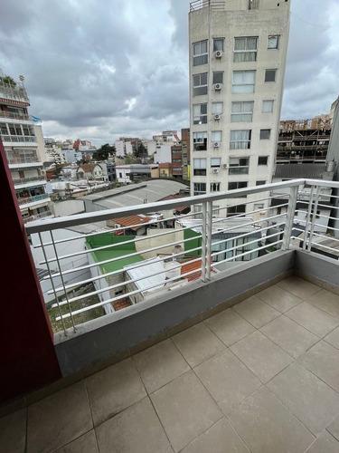 Imagen 1 de 10 de Departamento En Venta De 1 Dormitorio En Villa Del Parque