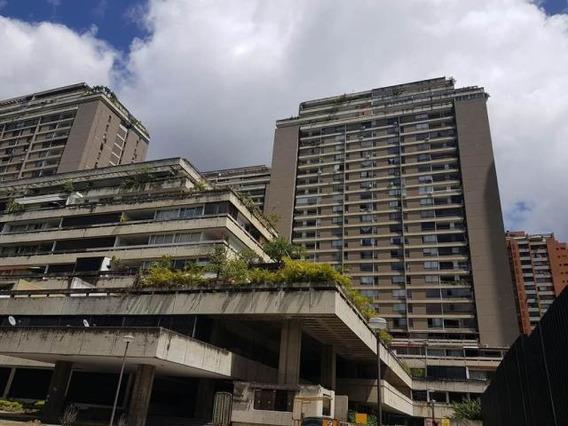 Venta De Apartamento En Prado Humbold 19-7953
