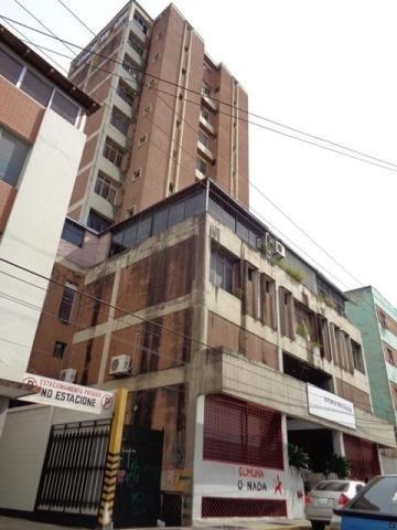 Oficina En Venta Barquisimeto Centro, Al 20-2935