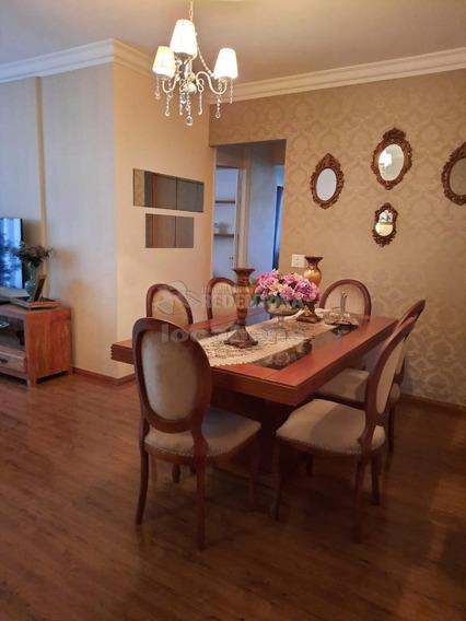 Apartamentos - Ref: V11243