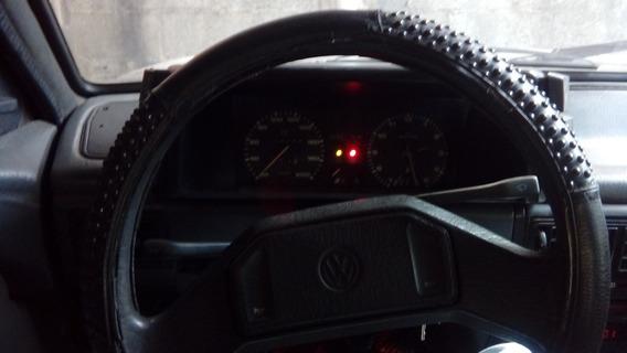 Volkswagen Voyage 1.8 4 Porta