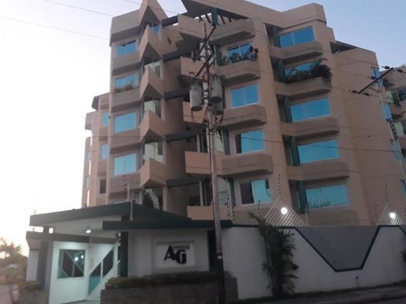 Apartamento En Venta Amoblado Urb San Jacinto 20-9749 Mv