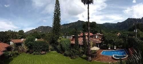 Venta De Lujosa Casa - Villa Del Tepoz Fuego