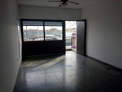Casa En Plata Alta, 1 Dormitorio, Terrazas, Placares