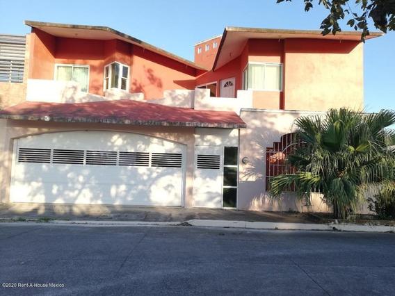 Casa En Renta En Puente De Bravo, Medellin De Bravo, Rah-mx-20-3376