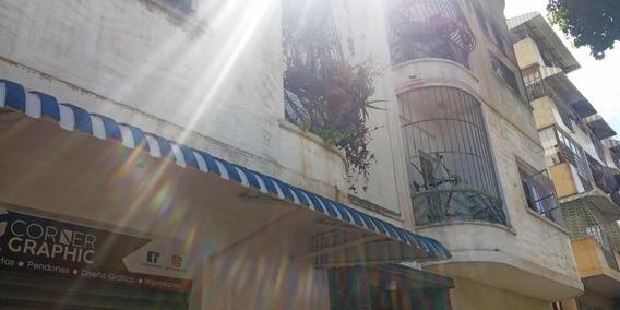 Bm 20-14772 Apartamento En Alquiler, Santa Monica