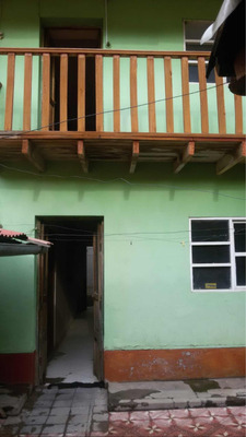 Remato Casa De 9 Habitaciones 160m2 + Area Verde