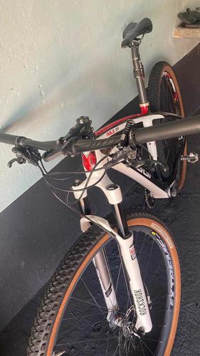 Imagem 1 de 14 de Bicicleta