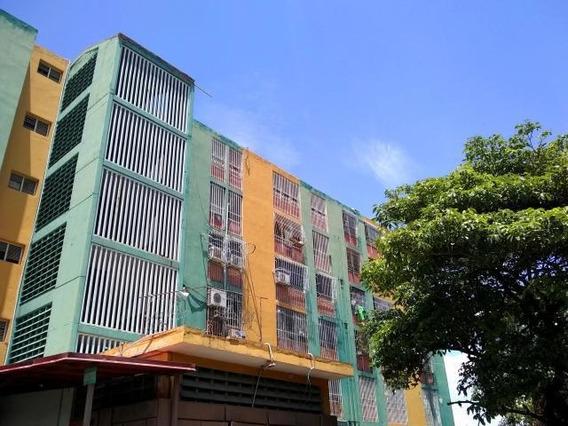 Apartamento En Venta Oeste Bqto Rah: 19-14194 Mdg