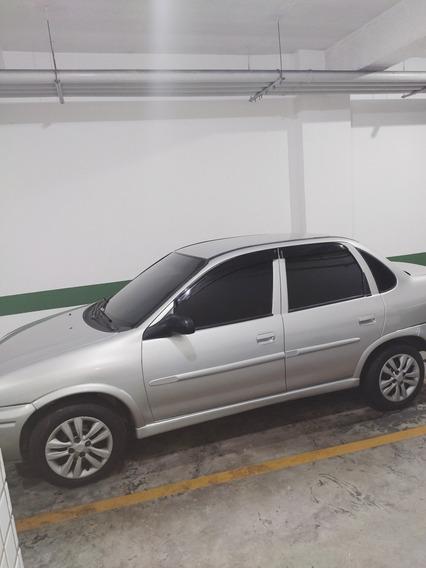 Chevrolet Corsa Sedan 2000 1.0 Super Milenium 4p